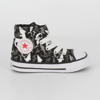 chuck taylor all star shark 1v hi td