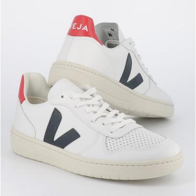 v-10 leather