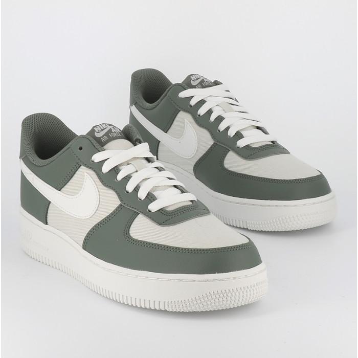 Nike Air Force 1 kakiblanc Nike Air Force 1 Homme